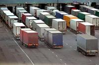 По всей Франции проходят забастовки дальнобойщиков